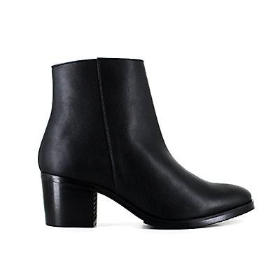 Amelia Boot Black